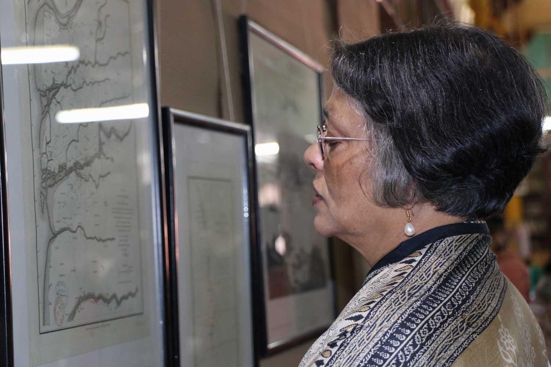 dr-punja-at-exhibition